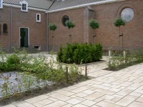 nieuwe tuin kerk Bant